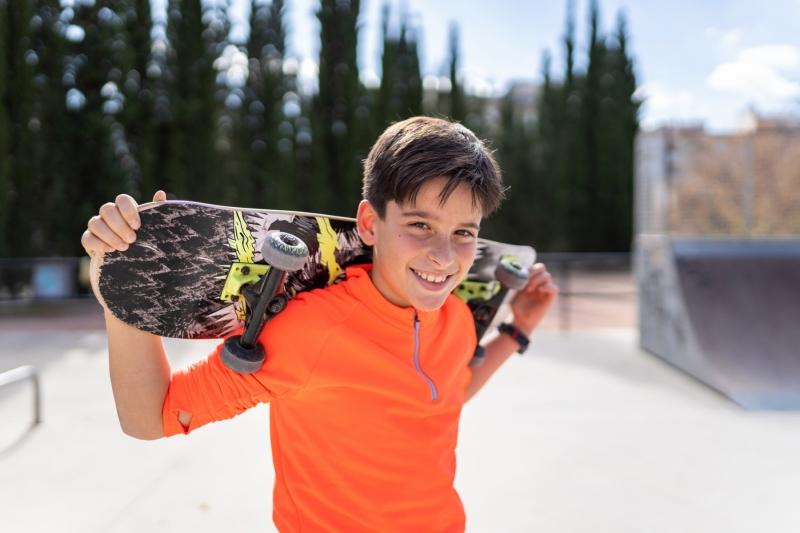 Hugo_haciendo_deberes_patin_skate-18