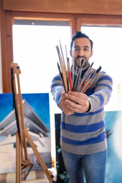 THE-TRIO-STUDIO-Jose-pintando-2-10