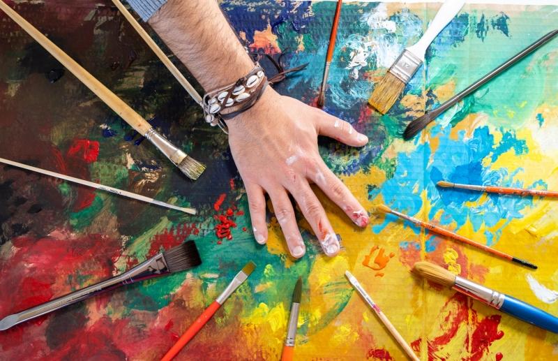 THE-TRIO-STUDIO-Jose-pintando-2-14